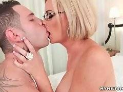 Young hunk is ready to lick her shaved kitty